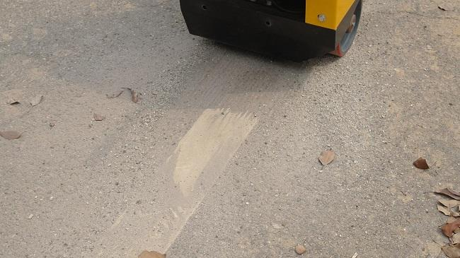 Yellow Floor Scarifying Machine , Concrete Floor Leveling Machine Long Using Life
